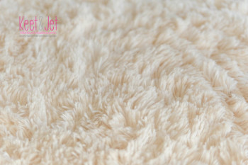 Super soft long pile faux fur Off White