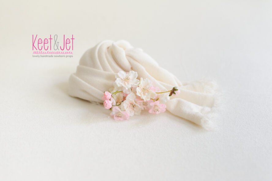 Stretch knit fabric Off White