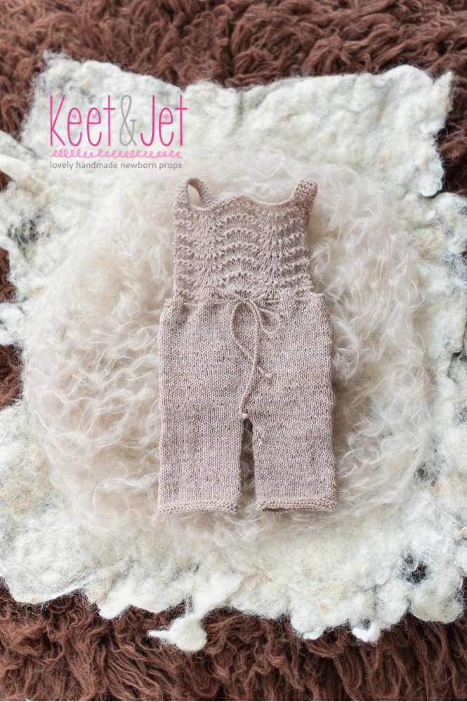 Knitted newborn overall Anne