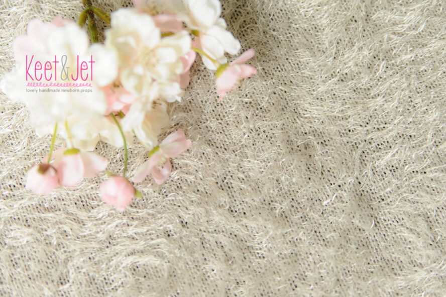 Fluffy stretch knit backdrop beige
