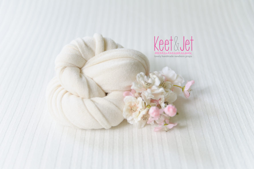 Rib knitted beanbag fabric off white