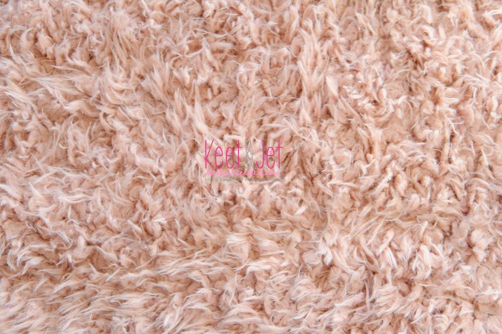 Fluffy faux fur backdrop Roze