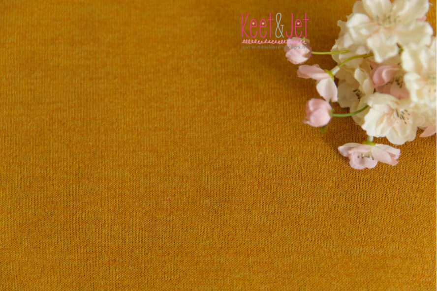 Newborn stretch backdrop Ocher